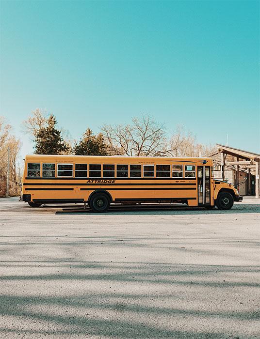 Servei de transport a l'escola privada plurilingue Montjuïc Girona